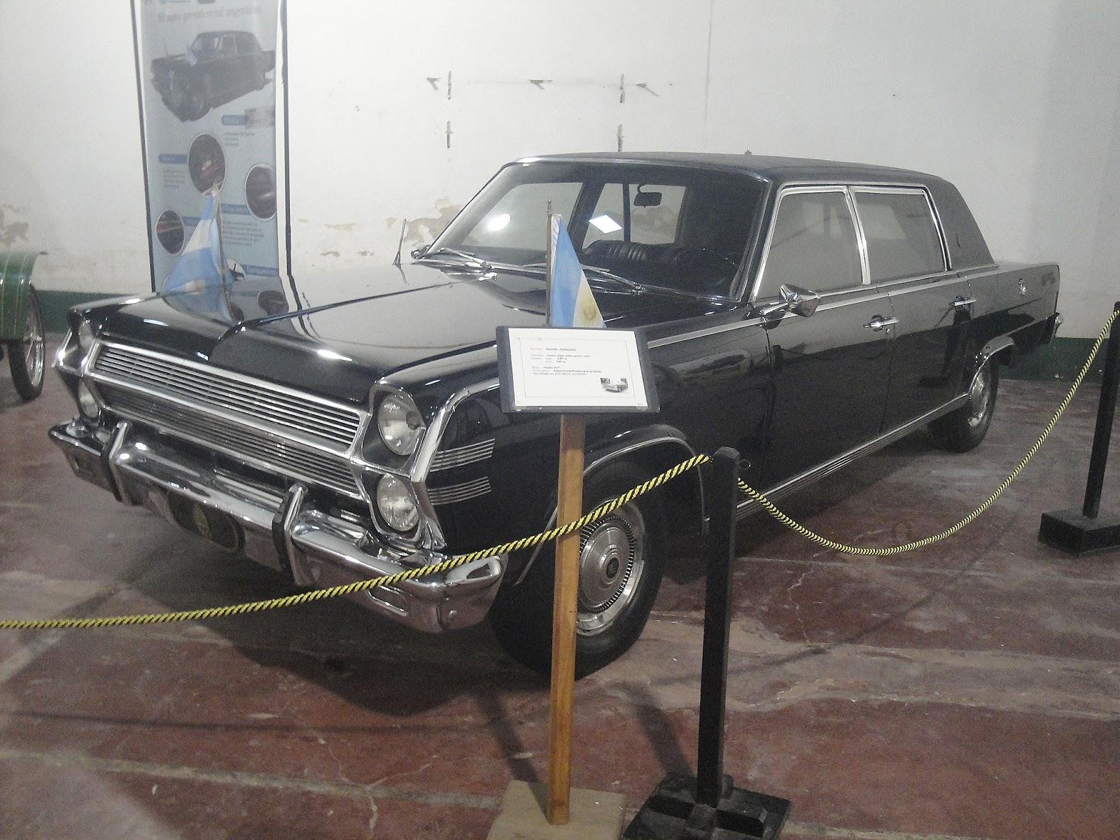 Archivo De Autos Exposici N En Luj N