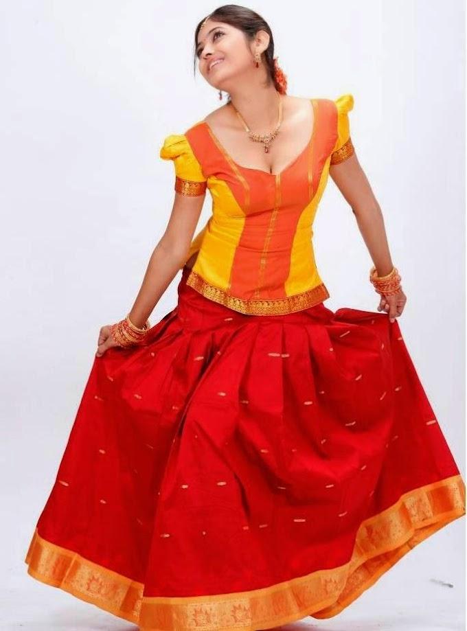 Supoorna Telugu Actress Showing Cleavage Spicy Red Half Saree Photos