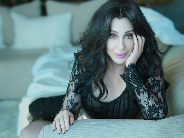 Photo of Cher by MCM Machado Cicala Morassut