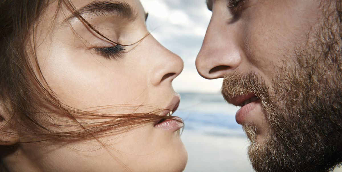 Днем, картинки мужской поцелуй девушке