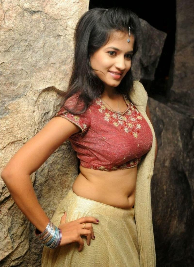 Deshi Girls Anwika Navel Show Photo Gallery - Latest Tamil -1452
