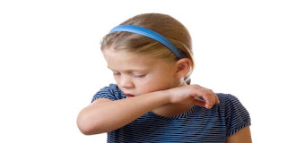 الكحة بعد شرب الماء عند الأطفال