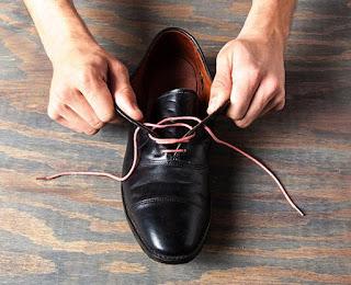 10 Cara Merawat Sepatu Kulit yang Benar Supaya Lebih Awet