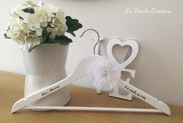 percha personalizada novia