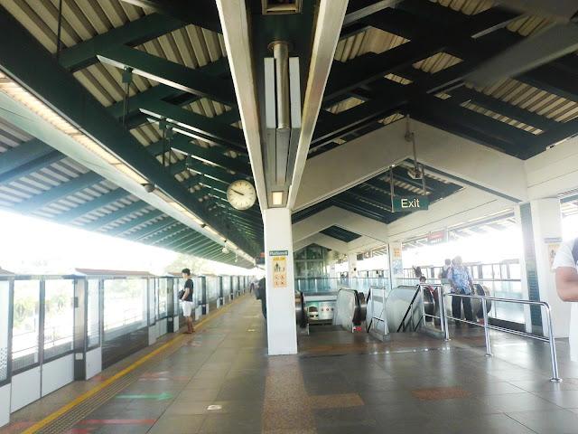 Stasiun di Singapore
