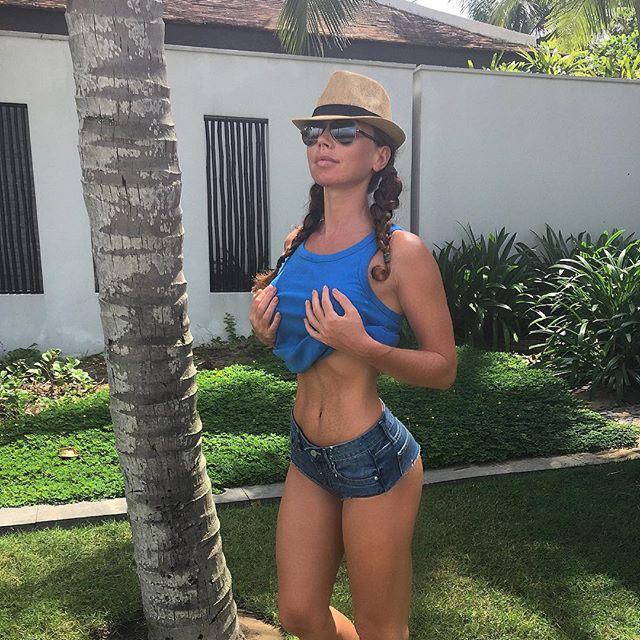 Instagram Fitness Model Nadiya Mol