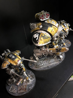 Imperial Knight Gallant painting Warhammer 40k Yellow