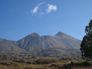 Jalur Pendakian Gunung Bukit Raya