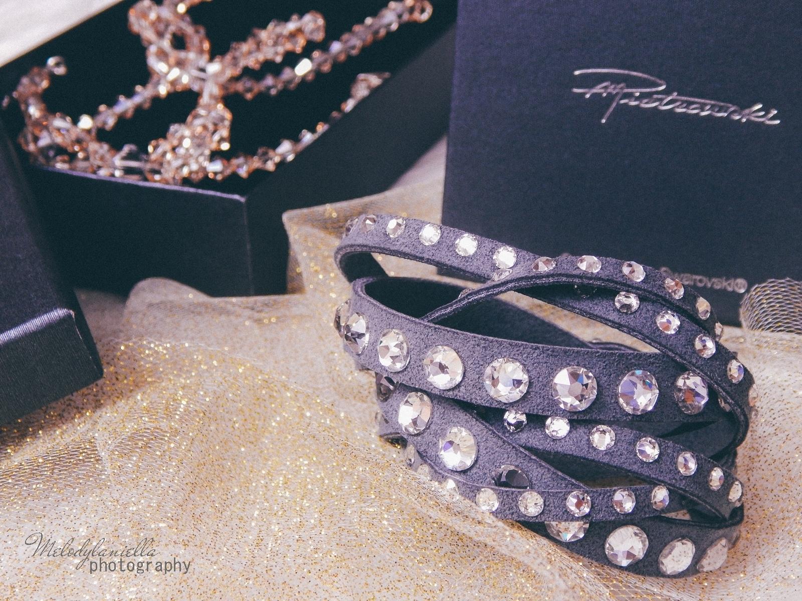 12 biżuteria M piotrowski recenzje kryształy swarovski przegląd opinie recenzje jak dobrać biżuterie modna biżuteria stylowe dodatki kryształy bransoletka z kokardką naszyjnik z kokardą złoto srebro fashion