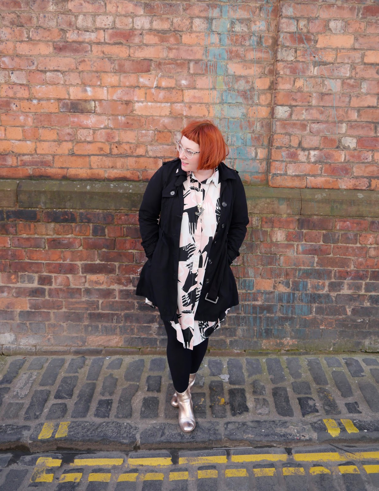 what Helen wore, ootd, Scottish blogger, Dundee blogger, blogging duo, Scottish street style, Glasgow street style, Monki shirt dress, Monki hand print dress, #monkistyle, internet shopping, online shoppin tips, shoppin online, how to shop online, Karen Mabon cat necklace, Karen Mabon jewellery, gold boots, easy to wear fashion, easy outfit, red head, micro fringe, ginger bob, Spex Pistols, black trench coat