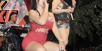 Foto Dinda Anggraeni, Penyanyi Dangdut Jogja Cantik dan Seksi