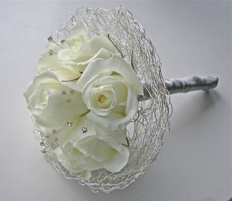 Doing Your Own Flowers For A Wedding: Wedding Flowers Blog: Lauren's White And Silver Wedding