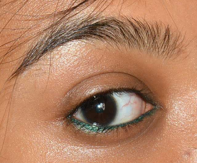 Lakme Eyeconic Kajal Regal Green Review