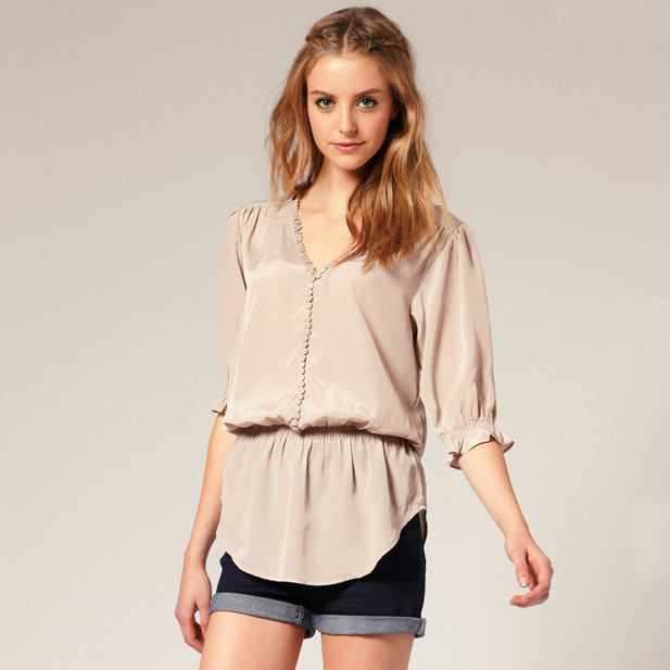 e8b55ef53c1d Über Chic for Cheap  Fashionable Tops That Are Easy to Nurse in