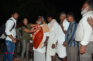 Actress Sri reddy (apthatrust director) Distrubuted Blankets for Orphans at Sai Baba Temple  0058.JPG