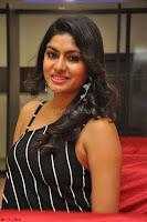 Akshida in Black Tank Top at Kalamandir Foundation 7th anniversary Celebrations ~  Actress Galleries 110.JPG