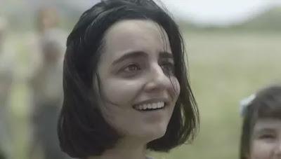 Justina (Julia Stockler)