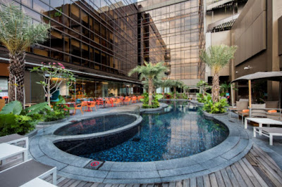 Source: Ibis Styles Singapore on MacPherson. The poolside.