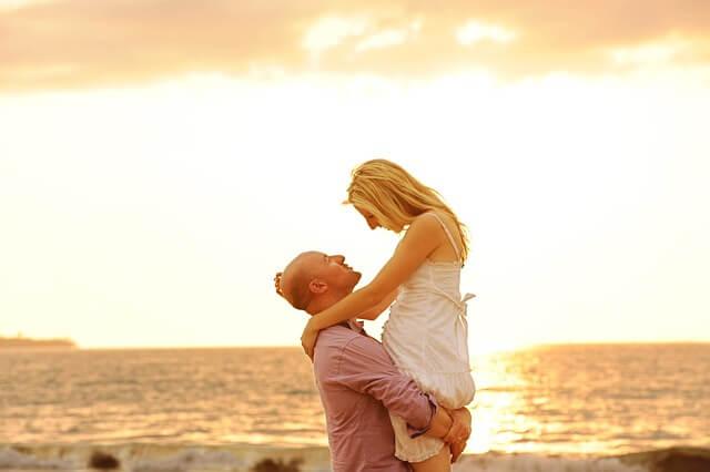 كيف أعيد السعادة لحياتي الزوجية