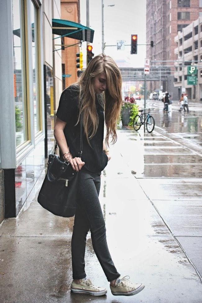 Women S Fashion Black Shirt Gray Leggings Converse