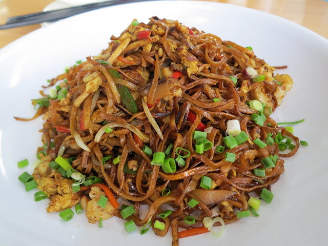 Fried-Yee-Mee-Noodles