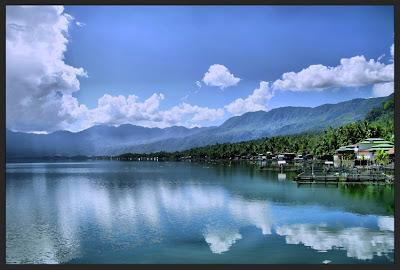 keindahan danau maninjau