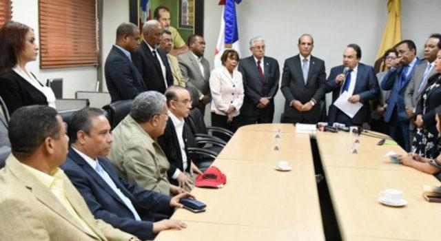 Ley 33-18 perjudica a partidos minoritarios en alianza con grandes