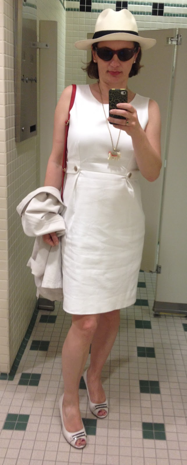 A JC Shopping Habit  Wearing White And Review of J.Crew Panama Hat 6fbc25fc787