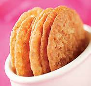 LACEY ALMOND COOKIES
