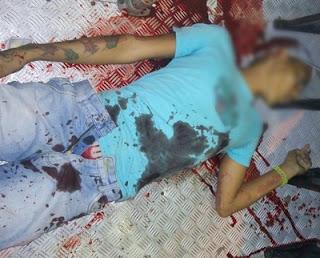 Policial militar à paisana reage a assalto a ônibus e dois criminosos morrem em confronto