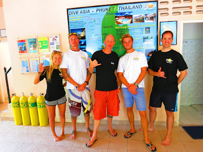 PADI IDC on Phuket for February 2017 has reached the half way mark