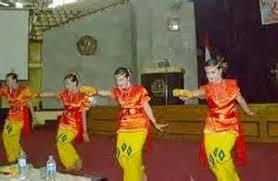 tari-selampit-delapan-sebagai-tarian-tradisional-jambi