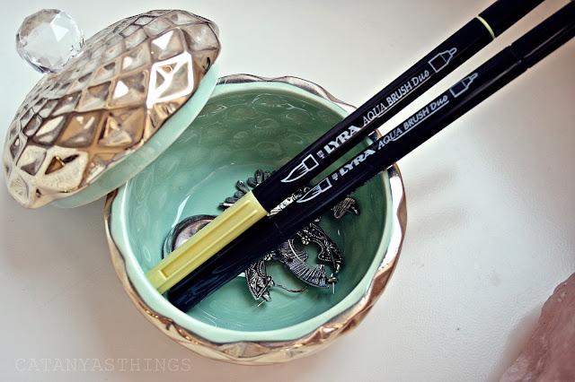 materialescolar lyra aqua brush