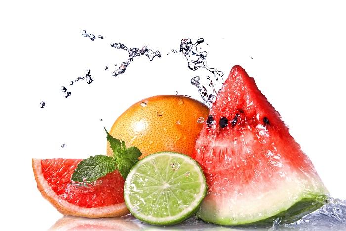 19 alimentos ricos em água que ajudam você a se manter hidratado
