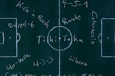 Taktik sepakbola yang mengubah permainan