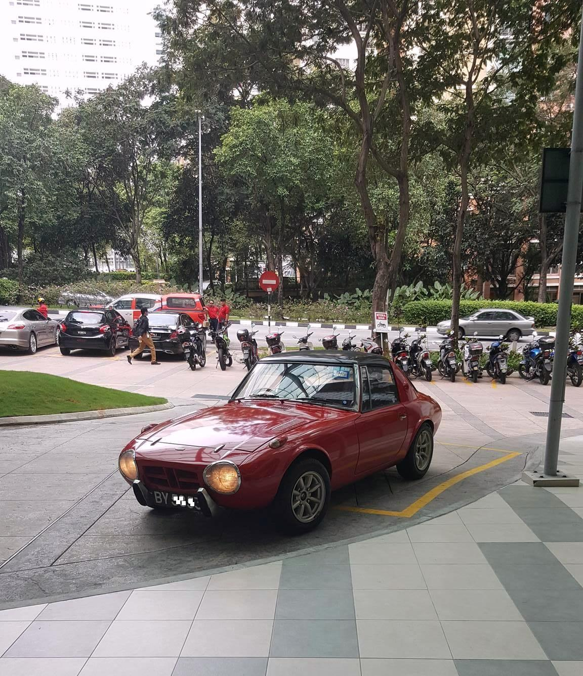 Motoring Malaysia Spotted On The Streets Toyota Sports 800