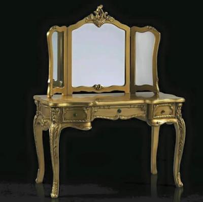 meja rias klaisik warna emas