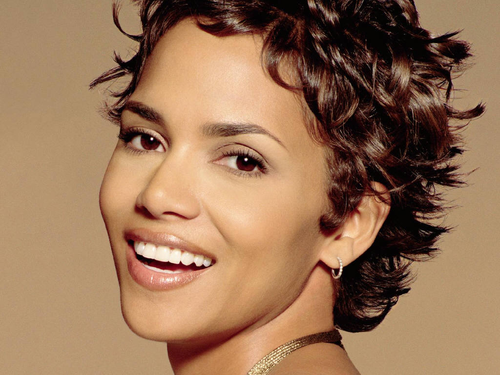Is a cute Halle Berry naked (71 foto and video), Pussy, Bikini, Boobs, swimsuit 2015