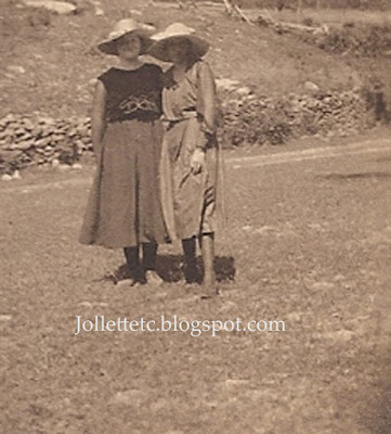 Violetta Davis Ryan and maybe Leota Sullivan 29 June 1919  https://jollettetc.blogspot.com
