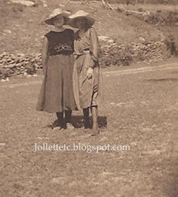 Violetta Davis Ryan and maybe Leota Sullivan 29 June 1919  https://jollettetc.blogspot.com
