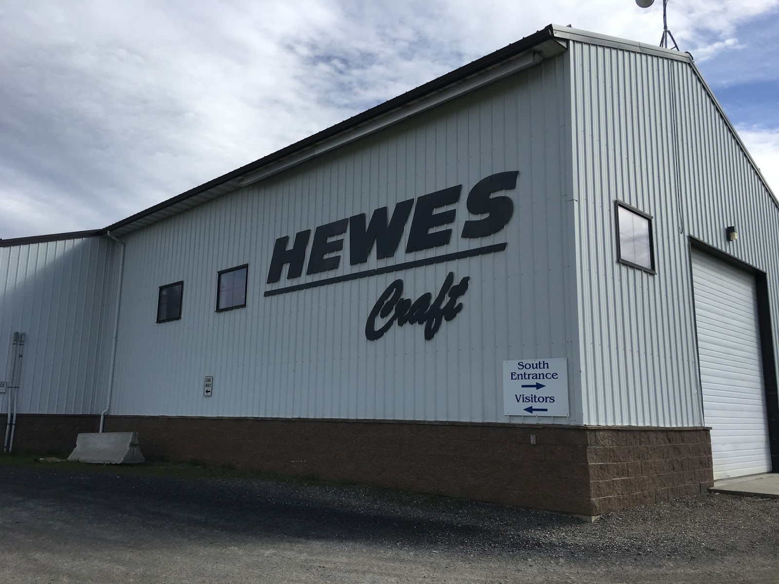 Tom and Donna Full-timer RV Blog: Hewes Craft Boats in Colville