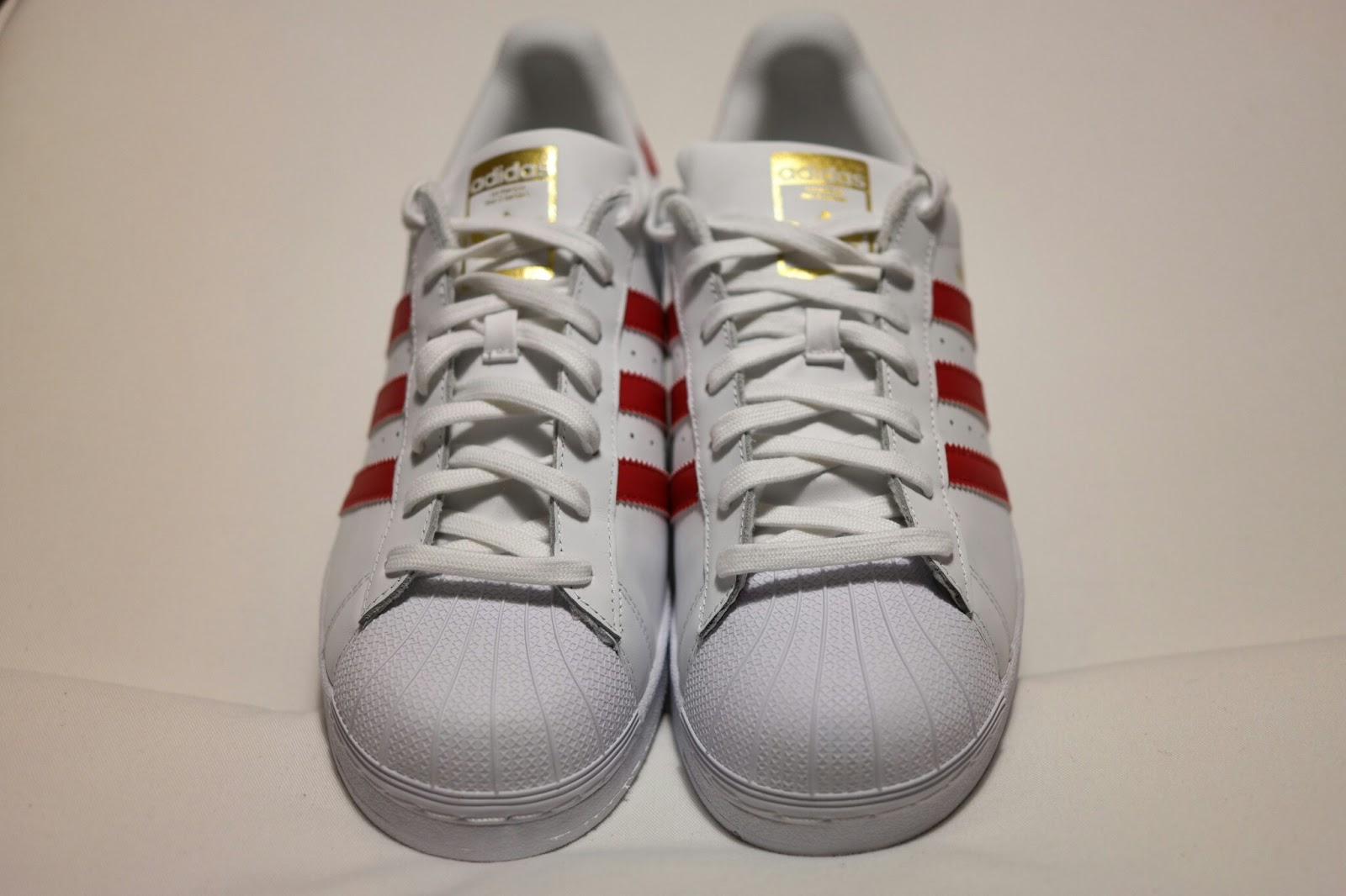 ADIDAS SUPERSTAR BEI FOOT LOCKER - IT MUST BE FEBRUARY