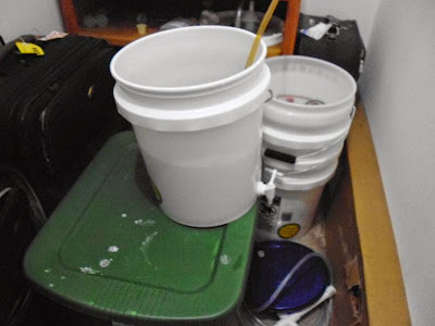 Downstream bottling bucket