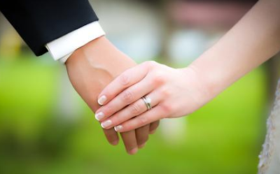 Inilah Dalam Islam, Ini Hukum Menyentuh dan Mencium Organ Vital Suami