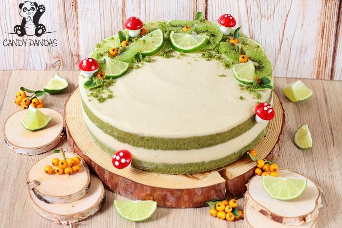 """Proteinowy torcik z kremem """"serowym"""" limonkowym i szpinakowym ciastem  (bez glutenu, cukru białego, laktozy, wegańskie)"""