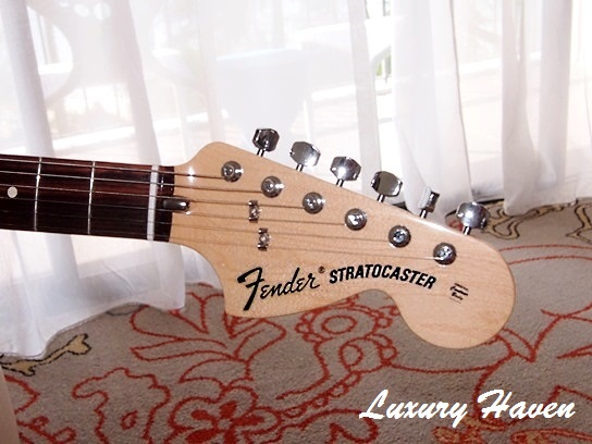 picks fender guitar program hard rock hotel