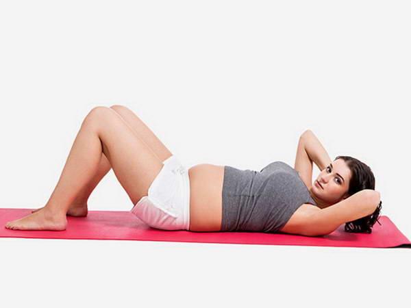 Phụ nữ mang thai có nên tập bụng ?