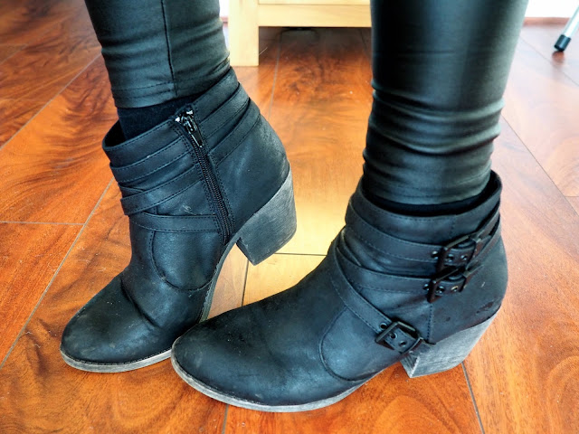 Merida inspired Disneybound outfit shoe details of black leather ankle boots