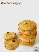 http://recetinesasgaya.blogspot.com.es/2014/04/galletas-de-dos-chocolates-y-fideos-de.html