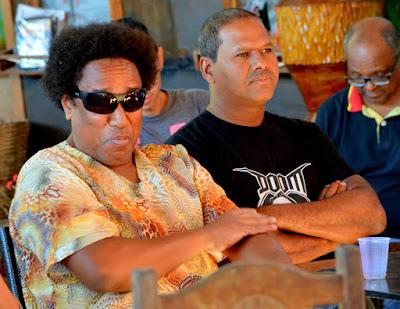 Cleison Batah, de óculos, vê com preocupação a aplicação da Lei do Silêncio em bares e restaurantes da cidade Foto Joaquim Dantas